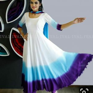 Rayon fabric white kurti with shifon dupatta