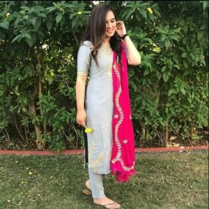 Cotton fabric grey kurti with pant & dupatta gotta work